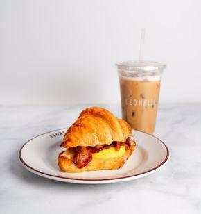 Cafe Leonelli breakfast sandwich