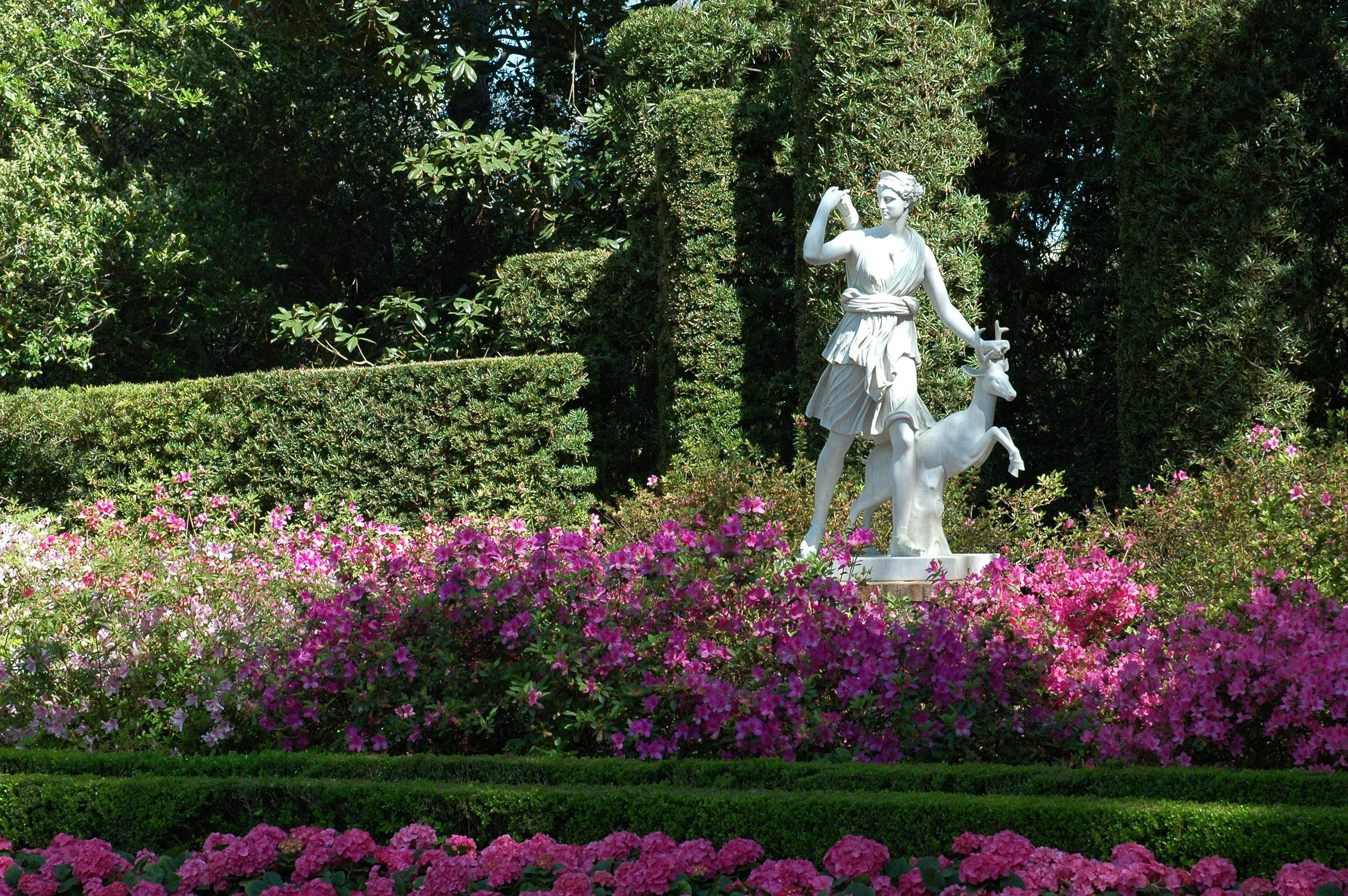 Diana Sculpture Horizontal