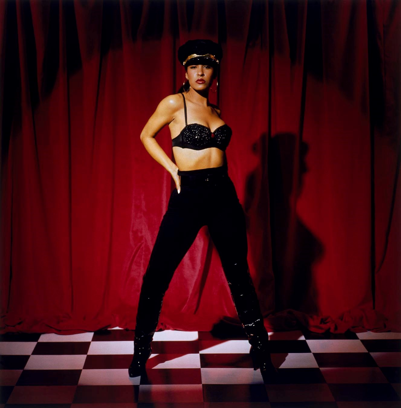 Dyer- Selena