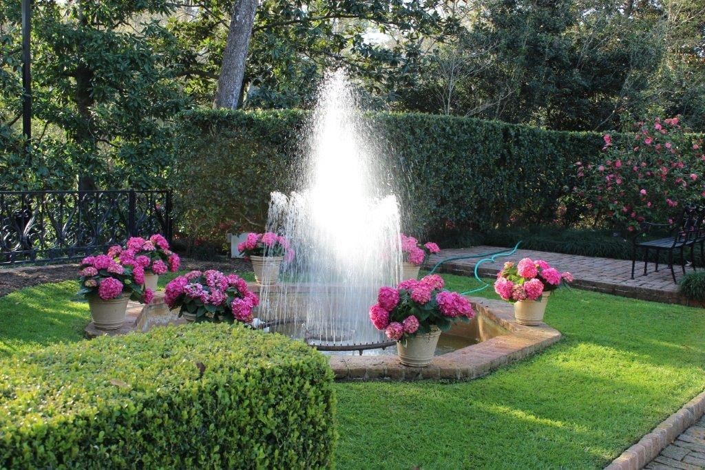 Superb Q) Bayou Bend Was Among The First Public Formal Gardens In Texas To Use  Organic Gardening Techniques. Why Has Organic Gardening Remained Important  To Bayou ...