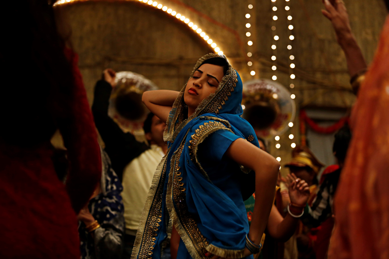 FOR FILM BLOG POST ONLY - Lipstick under my burkha