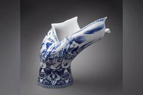 Front Design, Blow Away Vase, 2016, porcelain