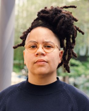 Curator Meg Onli
