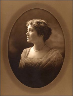 Miss Hogg Photo Younger