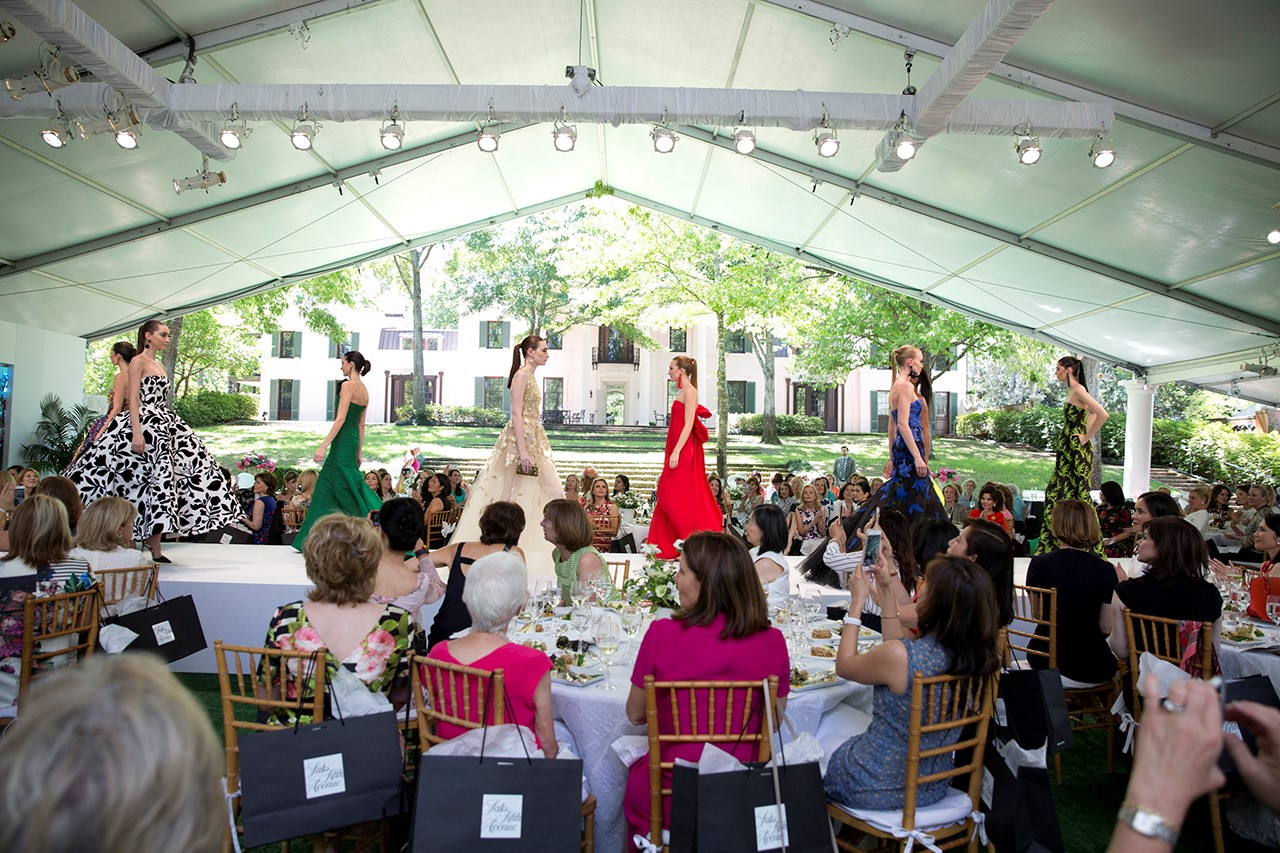 Oscar de la Renta Fall 2017 Collection at Bayou Bend Fashion Show