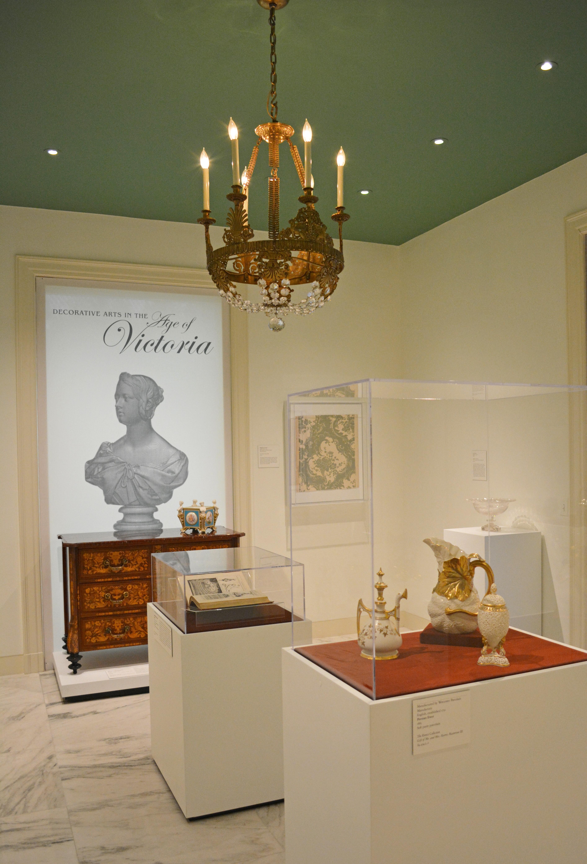 Rienzi exhibitions / decorative arts in the age of victoria