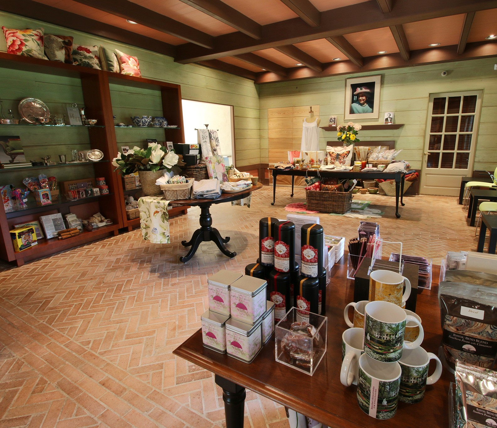 Shop at Bayou Bend - cottage
