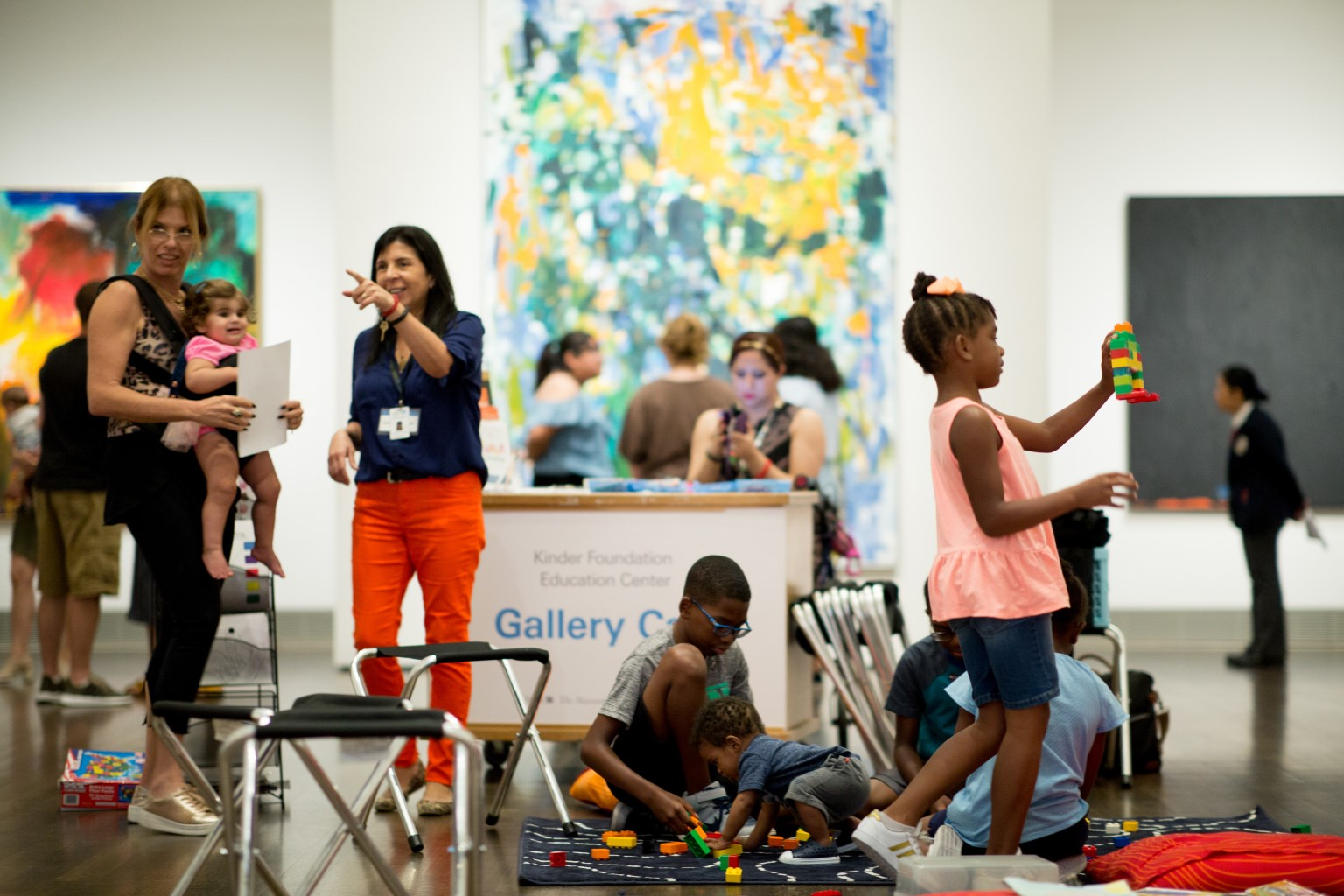 Summer Art Explorers / Gallery Cart in Beck / American art galleries / families