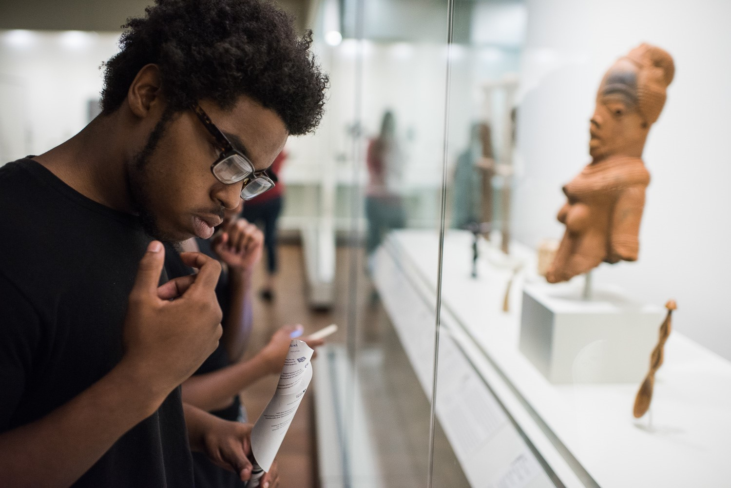 Two friends / young people / in african and mesoamerican galleries
